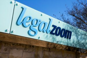 LegalZoom debuted up 35%; CEO sells further push into digital market