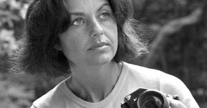 Eva Sereny, Who Photographed Film Stars at Work, Dies at 86
