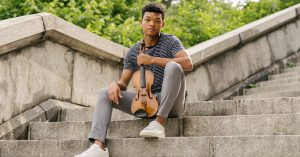 For a Major Debut, a Young Violinist Gets Personal