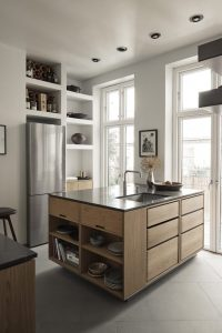 """""""A Kitchen of Love"""" Highlights the Beauty of Wood in This Copenhagen Flat"""