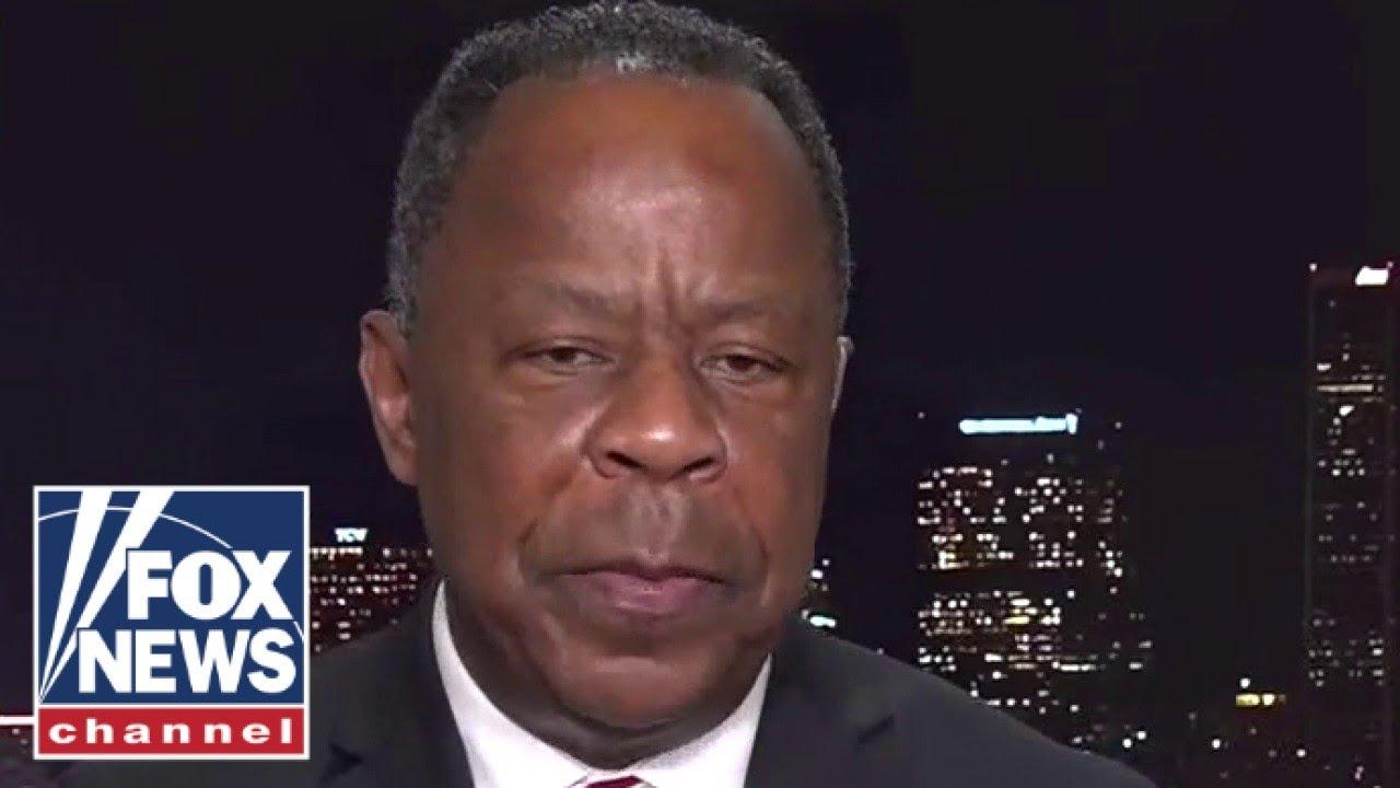 black-officer-destroyed-lebron-james-anti-cop-narrative-leo-terrell
