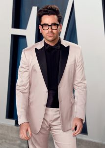 BEVERLY HILLS, CALIFORNIA - FEBRUARY 09: Dan Levy attends the 2020 Vanity Fair Oscar Party at the Wallis Annenberg Center for the Performing Arts on February 09, 2020 in Beverly Hills, California.  (Photo by Taylor Hill / FilmMagic,)